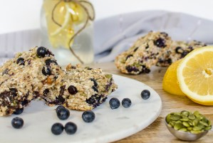 Gluten Free Lemon Blueberry Breakfast Bar