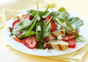 Spinach Salad w/ Cinnamon Almonds, Strawberries & Goat Cheese