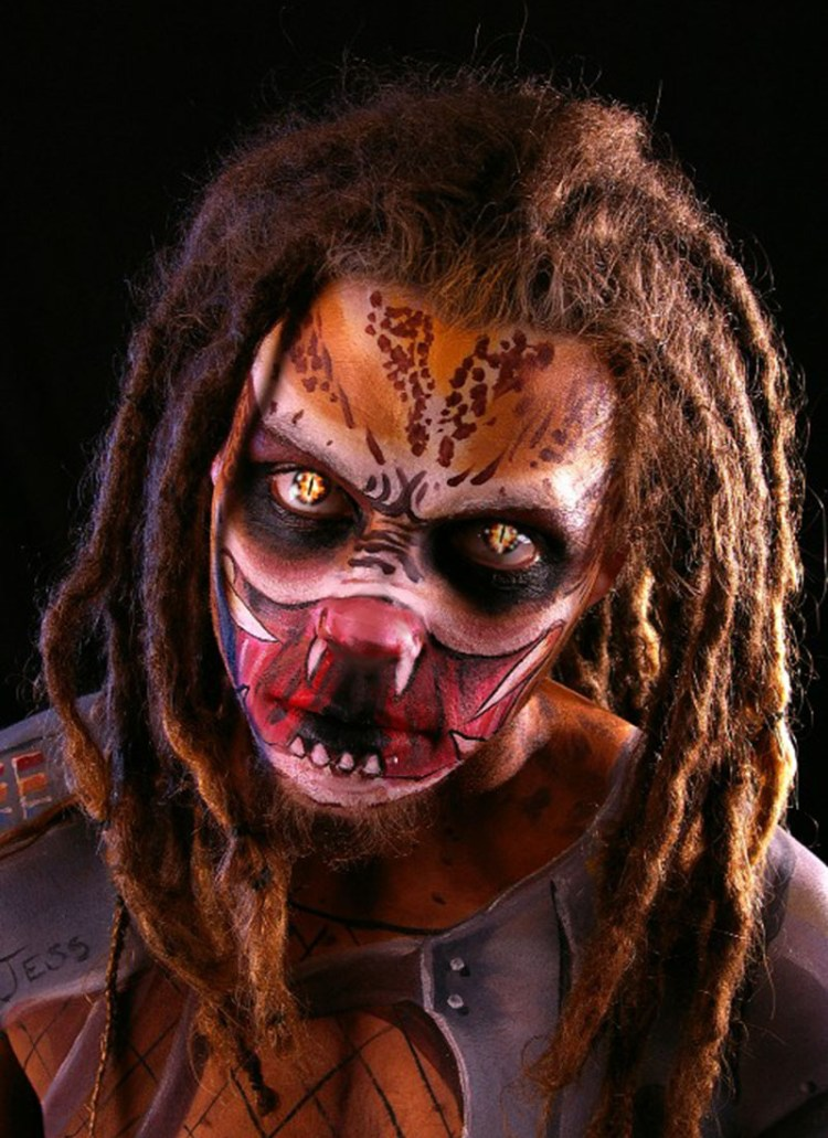 Predator make up 800x1100