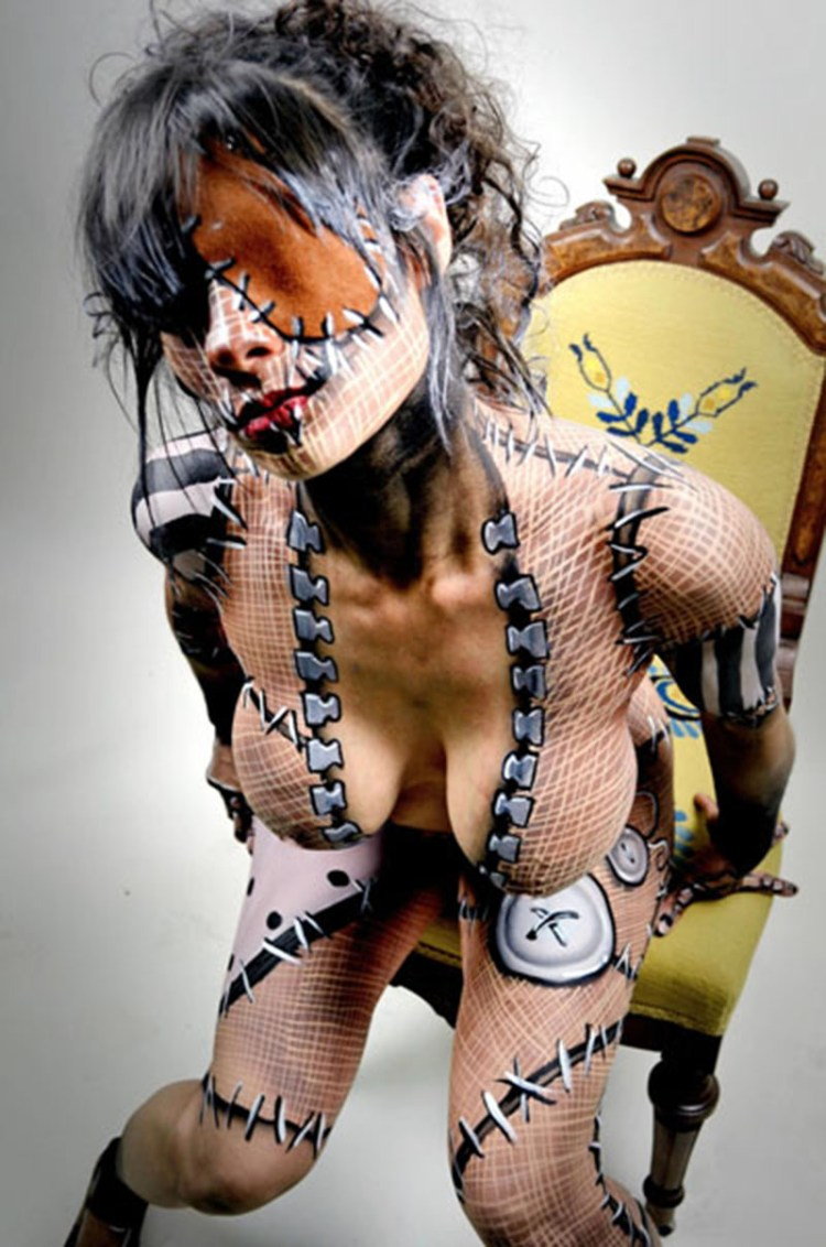 Superb Body Paint 800x