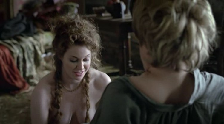 Ros (Esme Bianco) gives a head to Tyrion Lanister (Peter Dinklage) 1