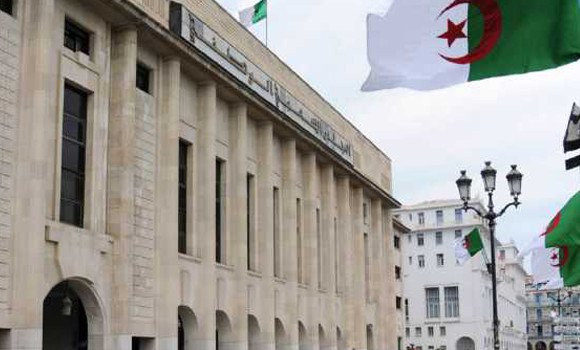 Algeria: distinguishing economic time from political time