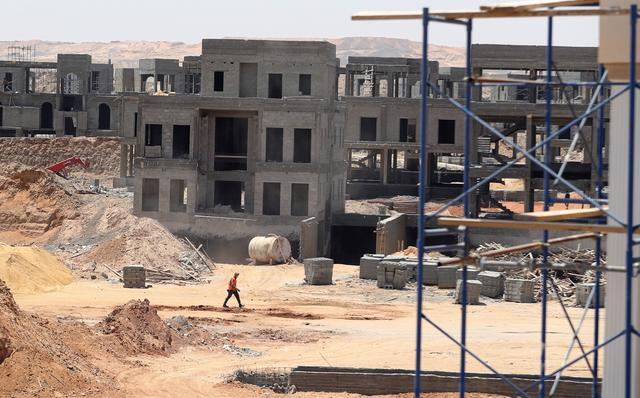 Egypt presses on with new capital in the desert