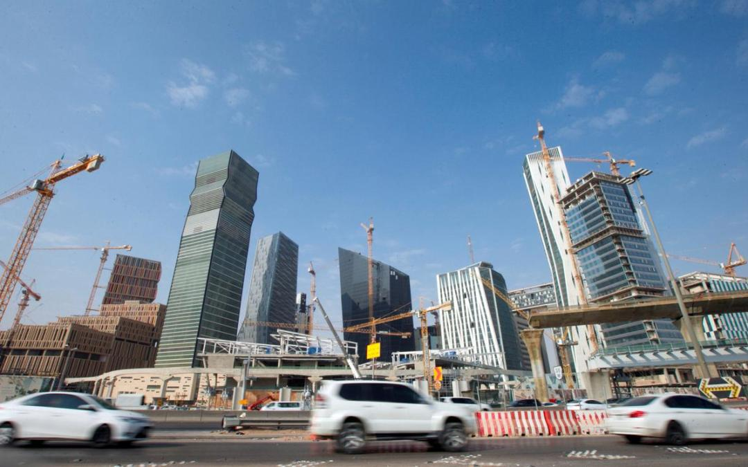 Saudi non-oil private sector deteriorates after VAT hike