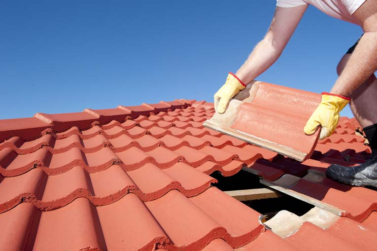 Decorating your New Home and Repairing Your Roof