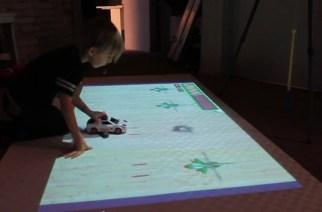 Interactive Projector Gaming Brings Joy to Kid's Life
