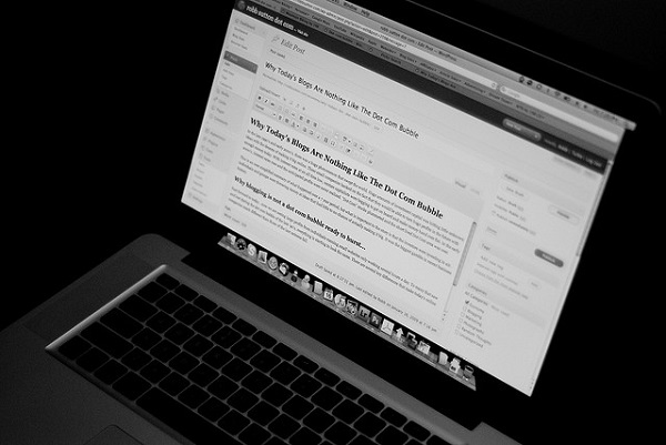 Top Reasons For Starting A Blog For Your Business Website