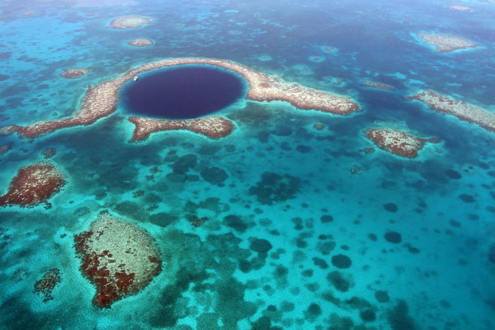 Blue Hole Of Belize and the Disappearance Of Mayan Civilization?