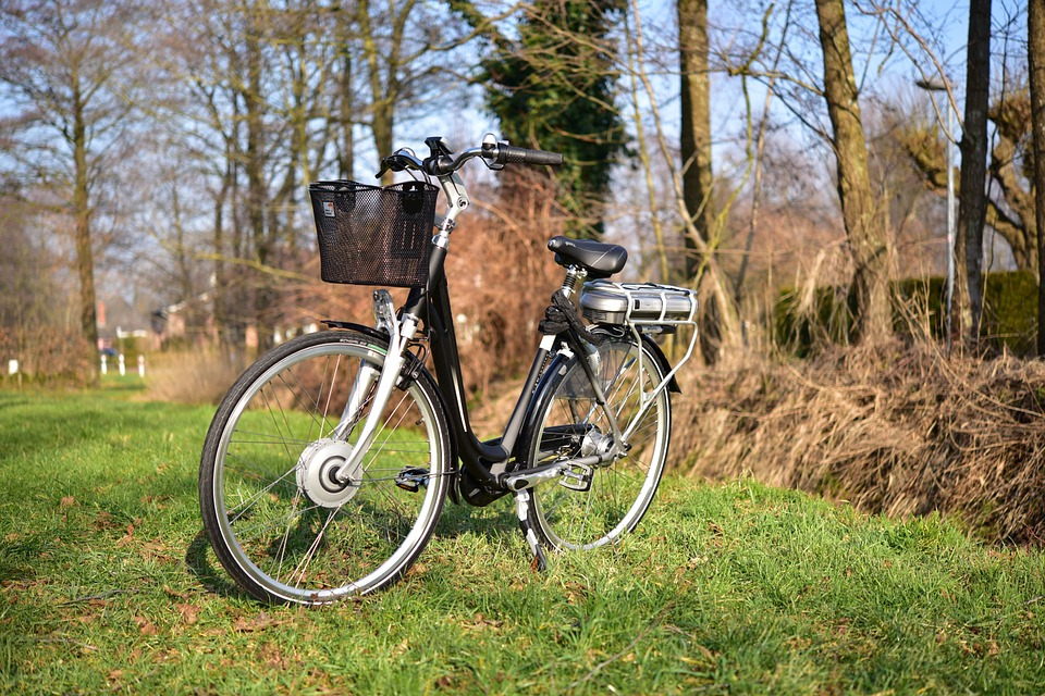 10 Things You Need to Know About E-Bikes