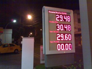 Unleaded_Gas_01202009