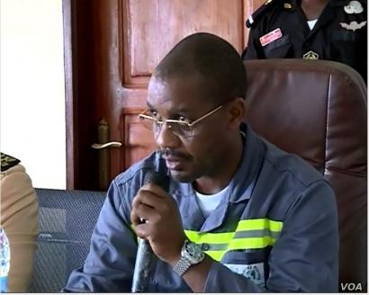 Gabriel DodoNdoke, Cameroon's minister of mines. (M. Kindzeka/VOA)
