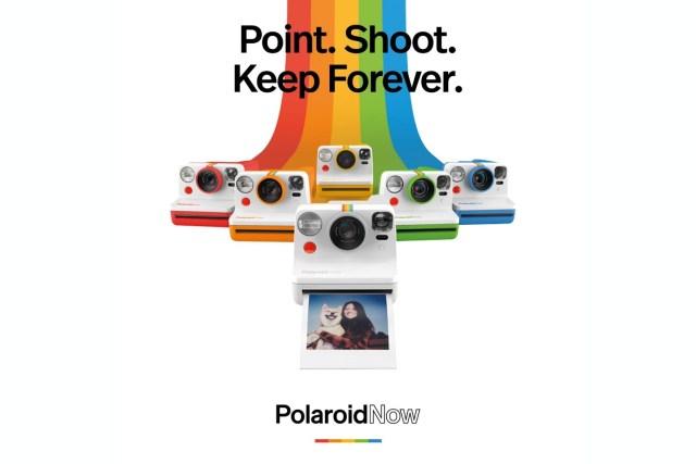 Polaroid Now 將陸續推出5款顏色的限量版,分別對應寶麗來的標誌性彩虹顏色:紅、橙、黃、綠和藍色。各HKD1,299