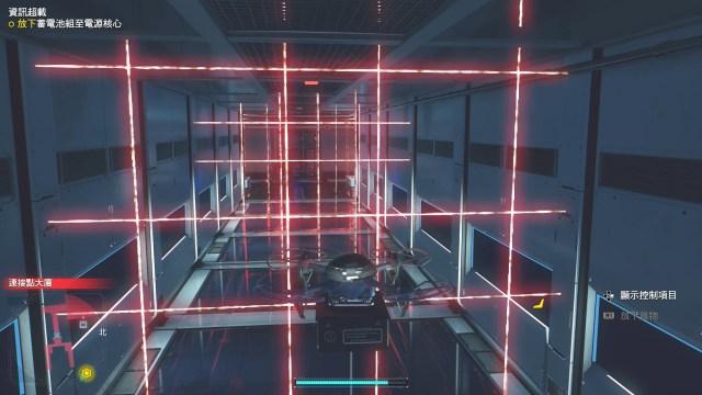 這種安全系統的設計讓筆者想起電影版《BioHazard》第一集。