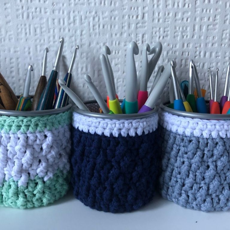Easy beginner crochet jar cover – Marian Bay Jar Cosy