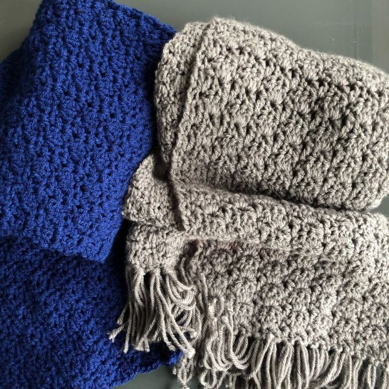FREE easy scarf crochet pattern – Blooming Scarf