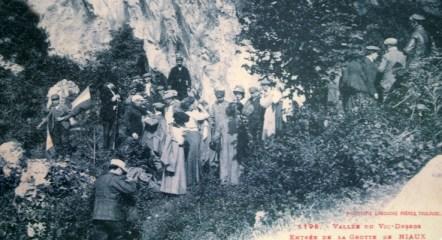 Turister ved grotten 1912