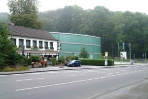 Neandertal, Hotel og museum