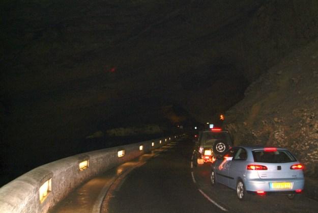 Vejen gennem hulen