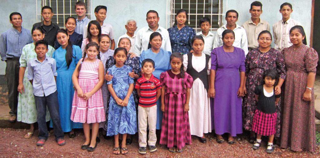 The congregation of Rios de Agua Vina.