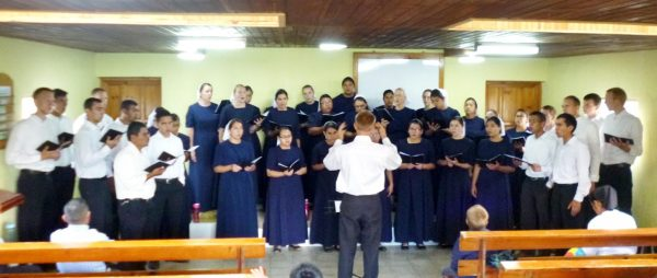 The chorus from El Salvador