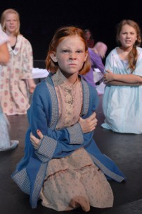 2011 Annie (1)