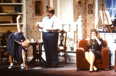 1990 The Curious Savage (4)