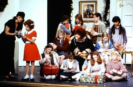1995 Annie (1)