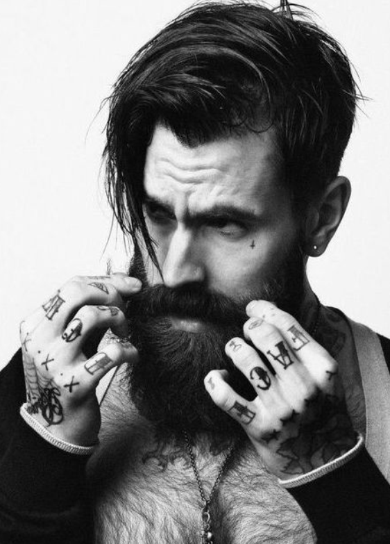 30 Amazing Beards and Hairstyles For The Modern Man  Mens Craze
