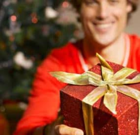 Holiday Shopping – The Guy's Guide