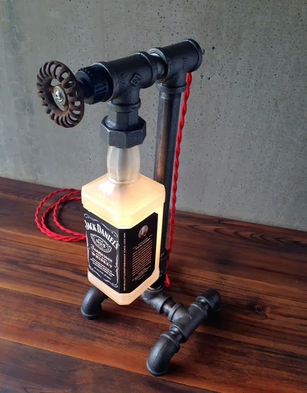 JACK DANIELS BOTTLE LAMP  Mens Gear