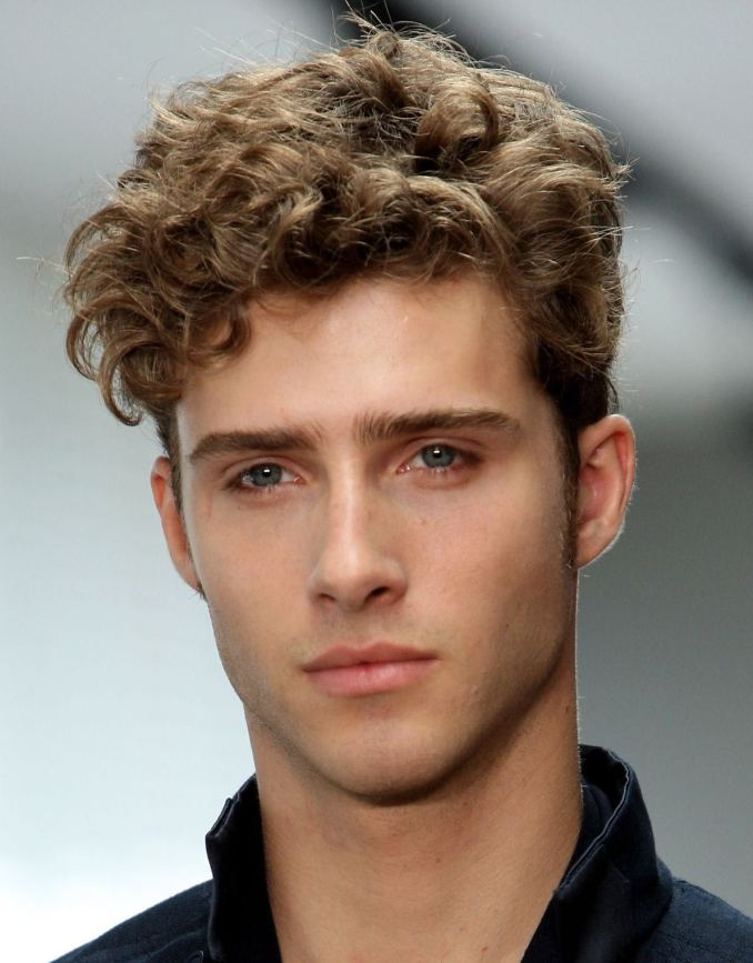 men's curly hairstyles for thick hair | men's hairstyles trend