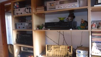 Ραδιοπειρατές του ονείρου: Όταν ο θρυλικός Kephalonian Best Fm ήταν στον αέρα
