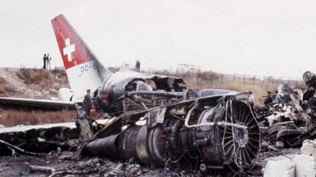 Έφτασε στο δρόμο στη Γλυφάδα: Η συντριβή του αεροπλάνου που έκρυβε στα  «σπλάχνα» του το πιο επικίνδυνο φορτίο