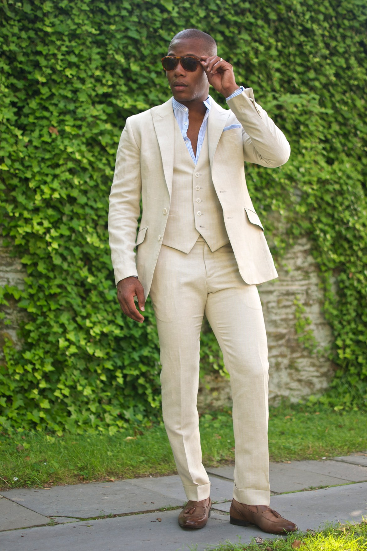Men's Style Pro in Dragon Inside Linen Three Suit