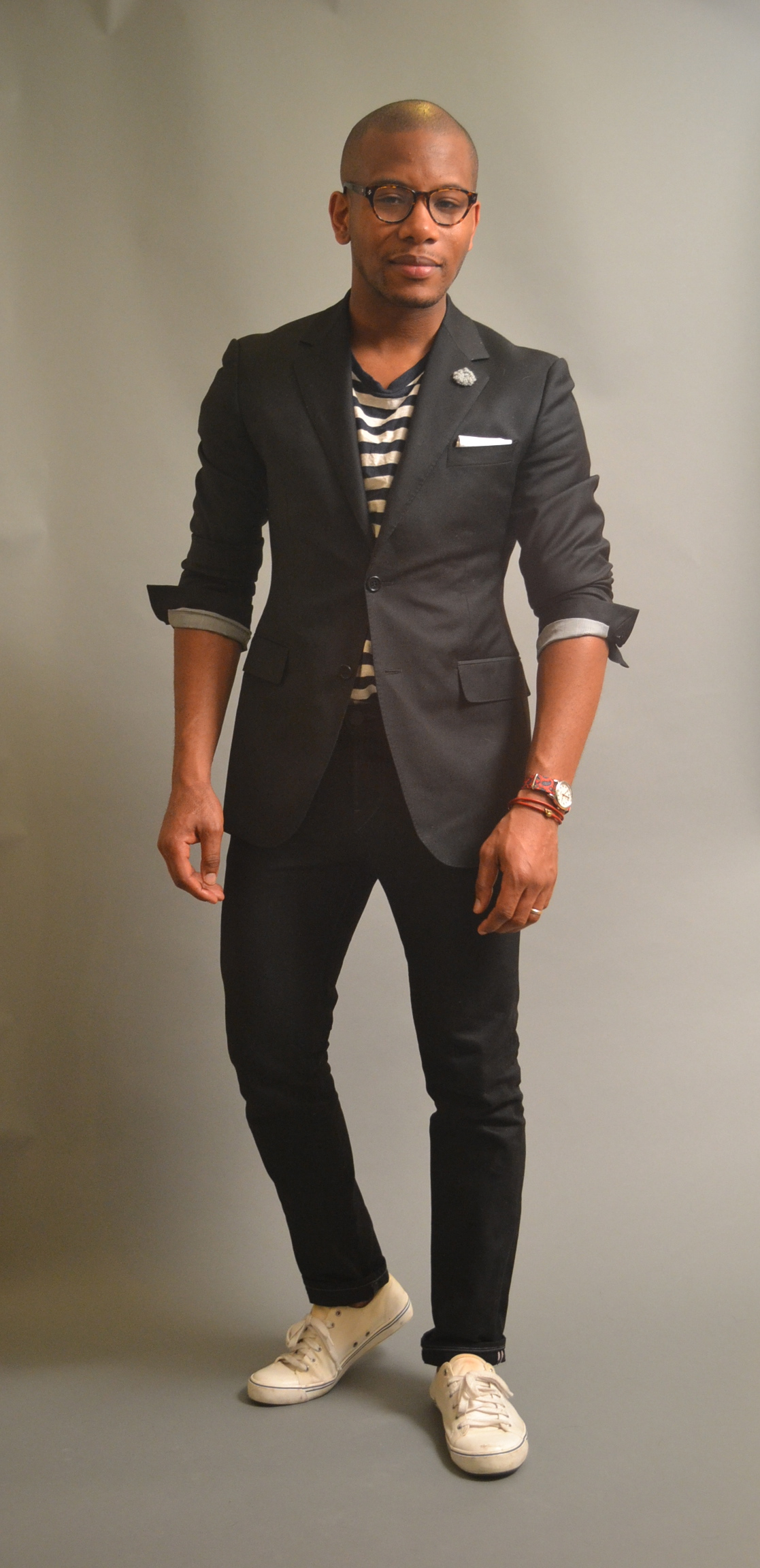 Sabir in Enzo Custom Blazer 7 3x1 black jeans