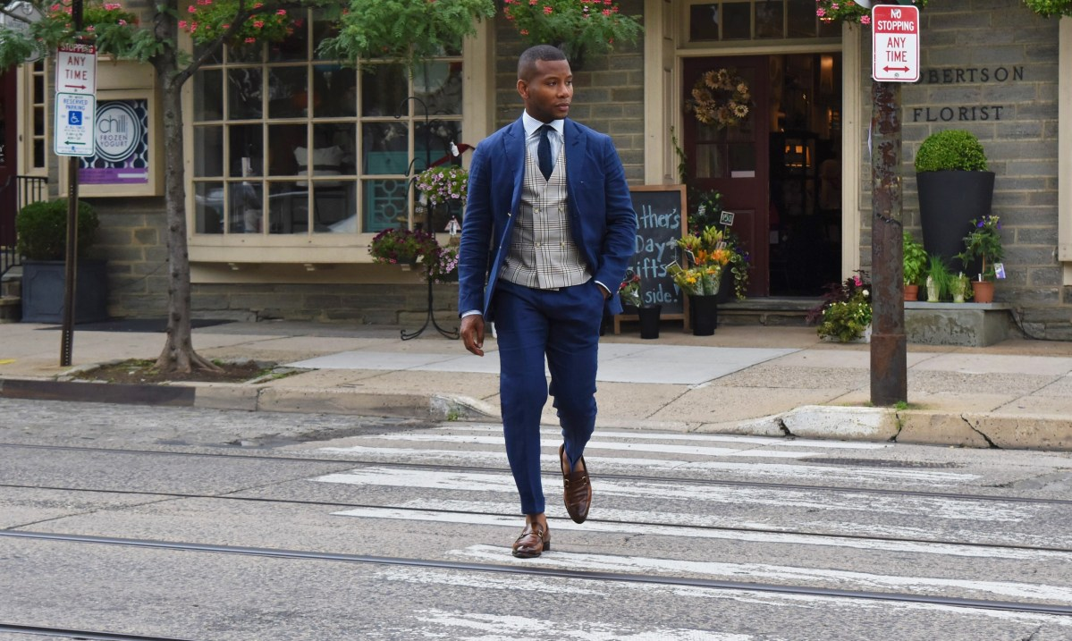Style Tip: Rock The Deconstructed Blue Linen Suit