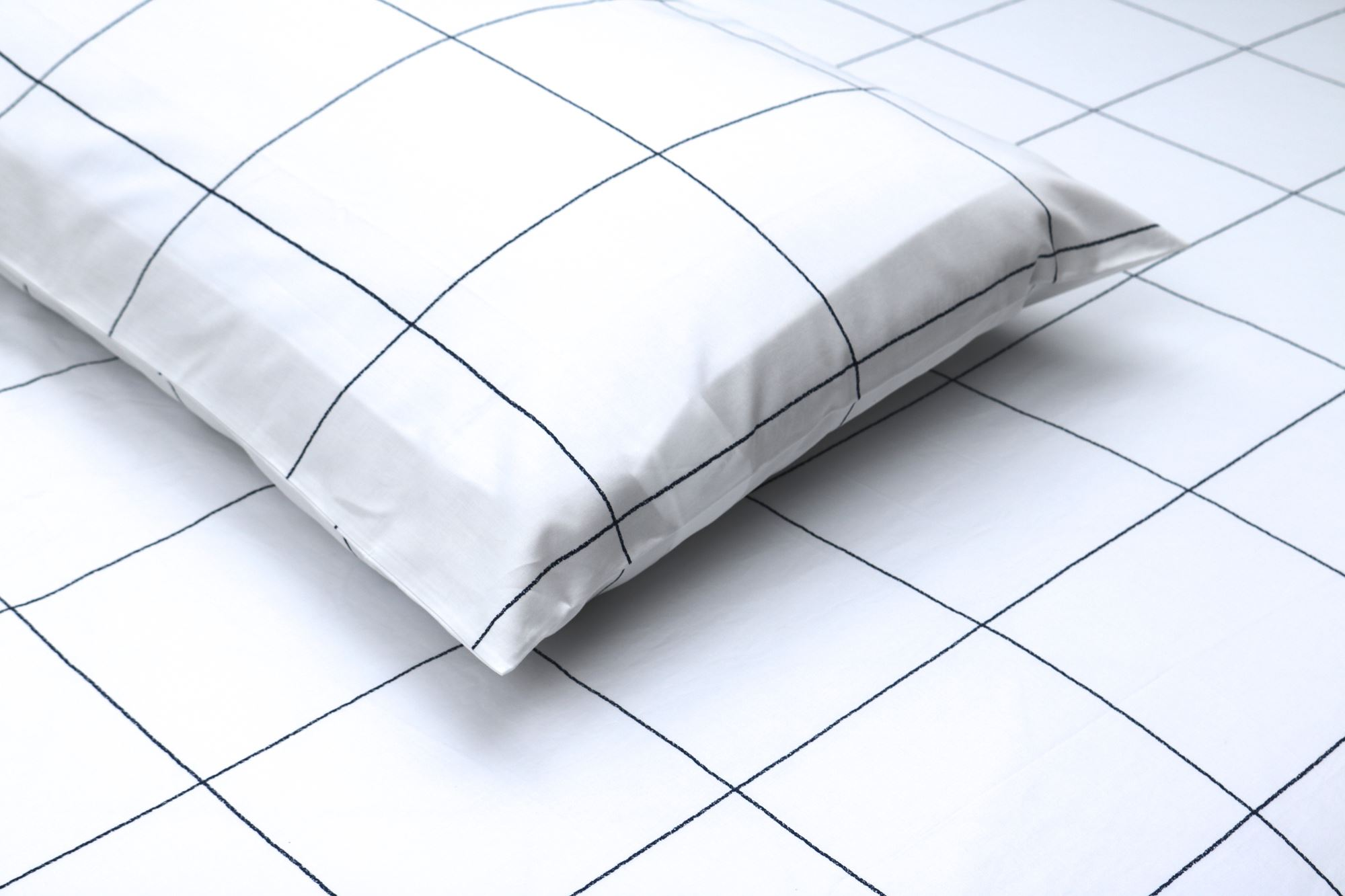 Windowpane Sheet Set from Thread Experiment