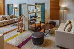 Crowne-Plaza-Bangkok--Club-Lounge-(9)