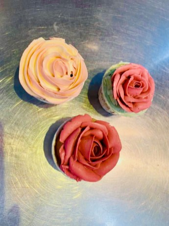 Rose Cupcakes by Alana