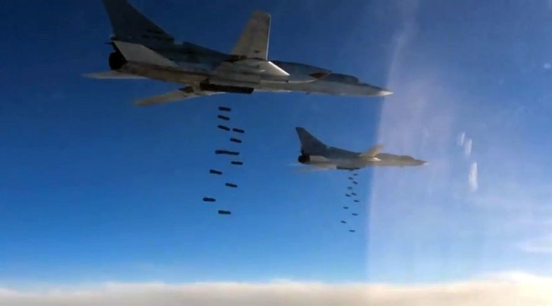 Russia jets bomb isis oil convoy