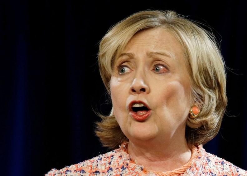 hillary clinton email lies
