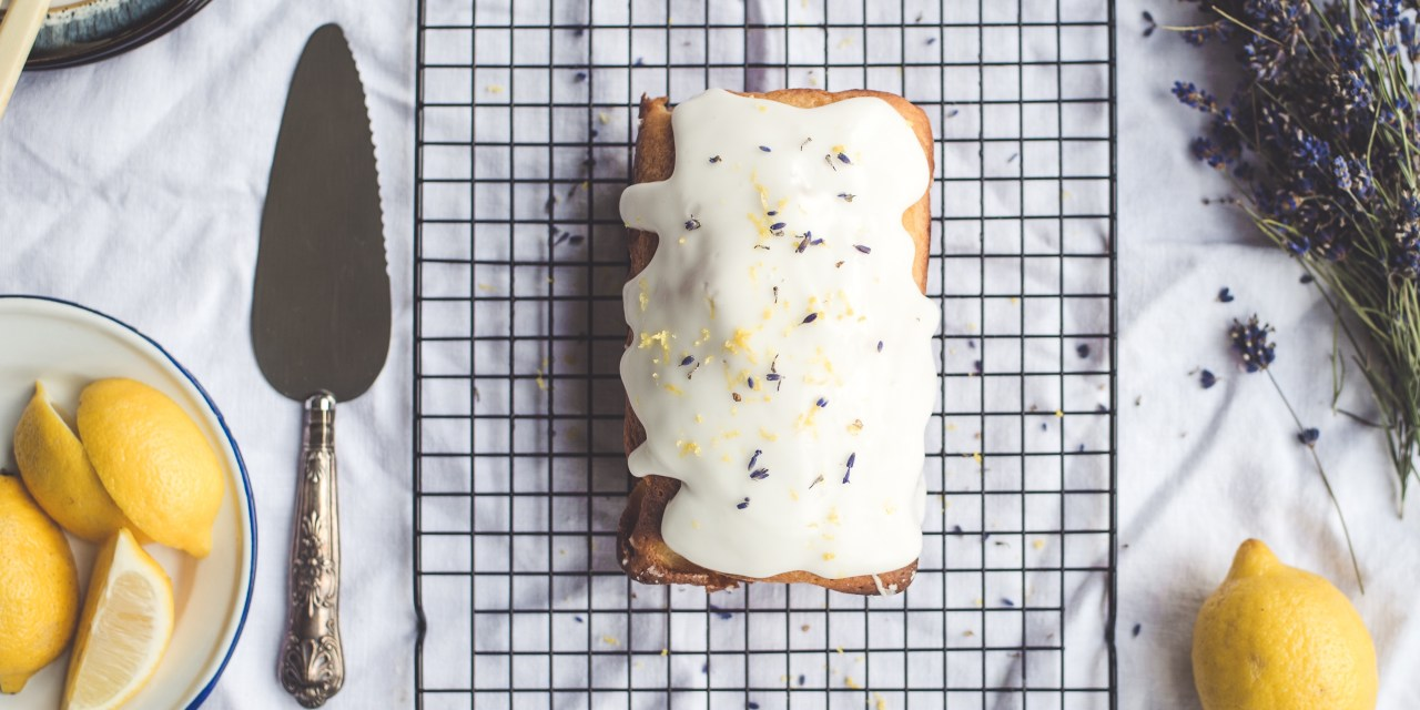 La glassa: trucchi e segreti per una torta perfetta