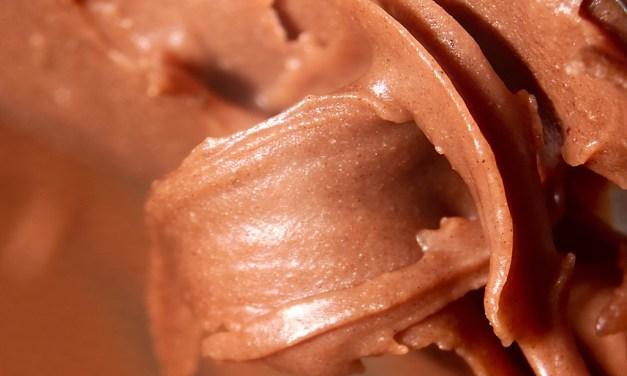 Oltre la Nutella: creme spalmabili alla nocciola