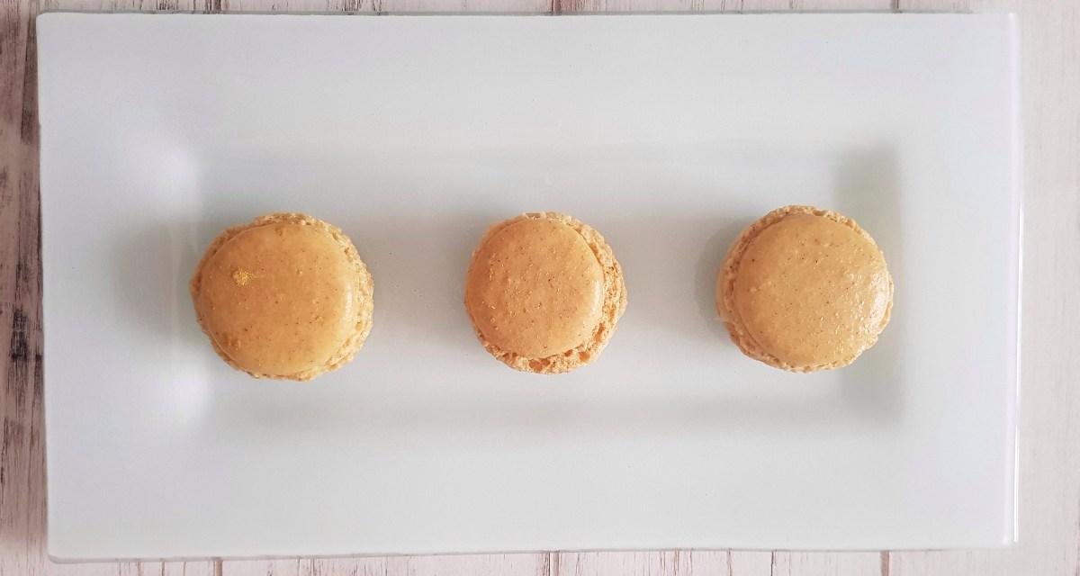 Gingerbread macarons (macaron al pan di zenzero)