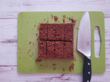 base sacher torte tagliata