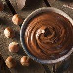 Crema pasticcera al cioccolato semplice e veloce