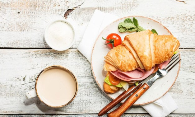 Croissant salati al pecorino: la ricetta perfetta