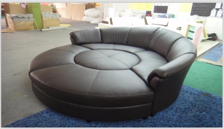 Round Sofa Chair Luxury Velvet Single Wooden Sofa Chair