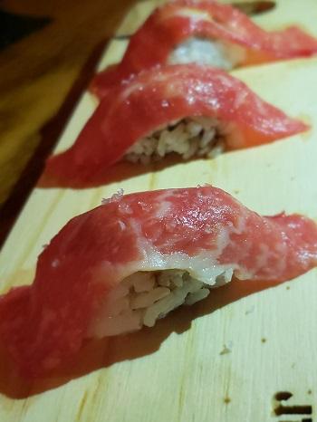 Sashimi de wagyu