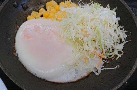 吉野家の朝定食「ハムエッグ定食」2018年12月17日2